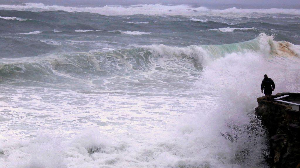 Fuertes vientos y lluvias intensas devoran la costa de Sídney