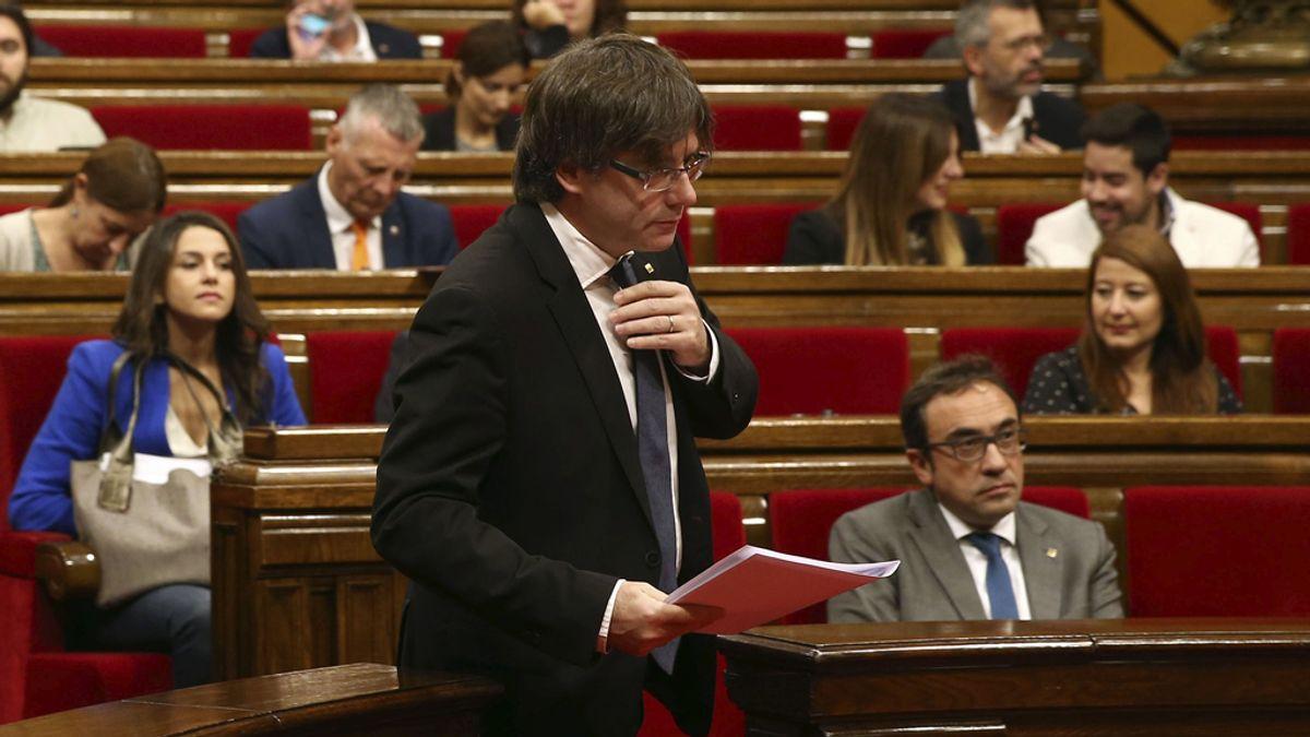 Puigdemont comparece en el Parlament