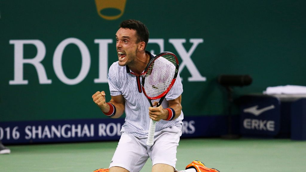 La alegría de Roberto Bautista tras ganar a Djokovic (15/10/2016)