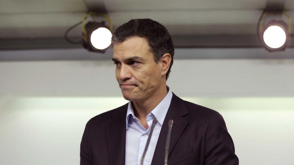Pedro Sánchez en la comparecencia ante los medios tras su dimisión al frente del PSOE