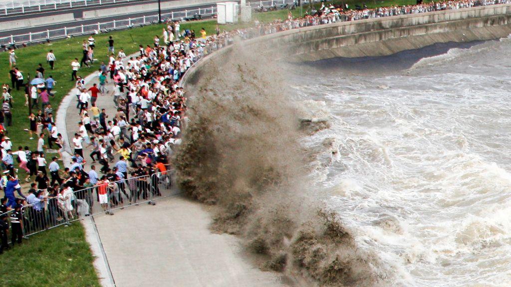 En Hangzhou, las olas son de otro calibre