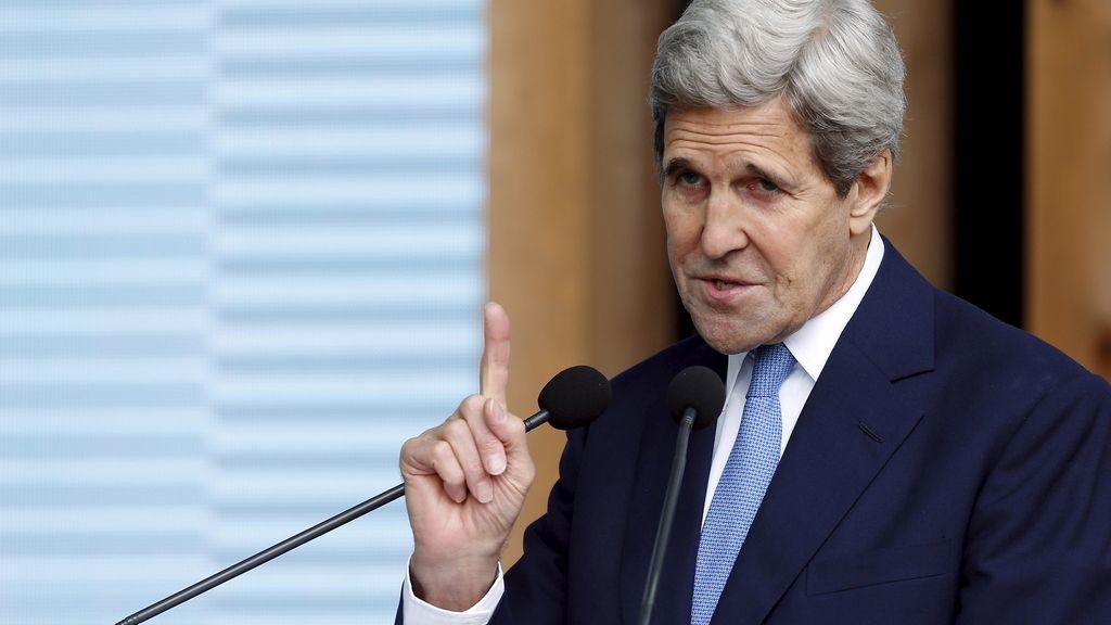 Kerry inicia una visita oficial a España