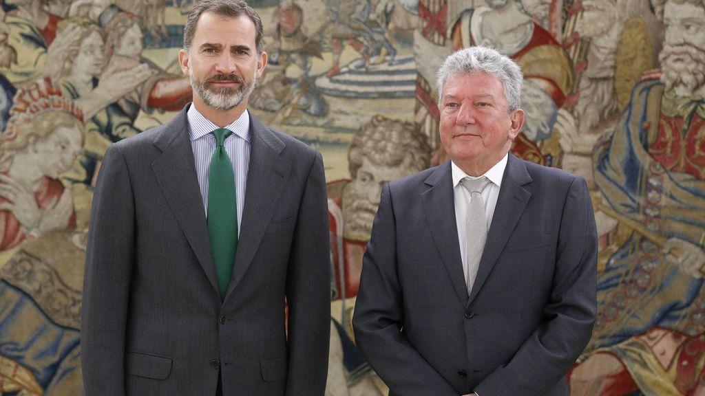 El rey Felipe VI recibe al representante de Nueva Canarias, Pedro Quevedo