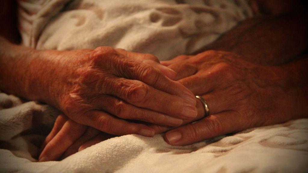 Fallece 'Miss Norma', la anciana que rechazó tratar su cáncer para viajar por el mundo