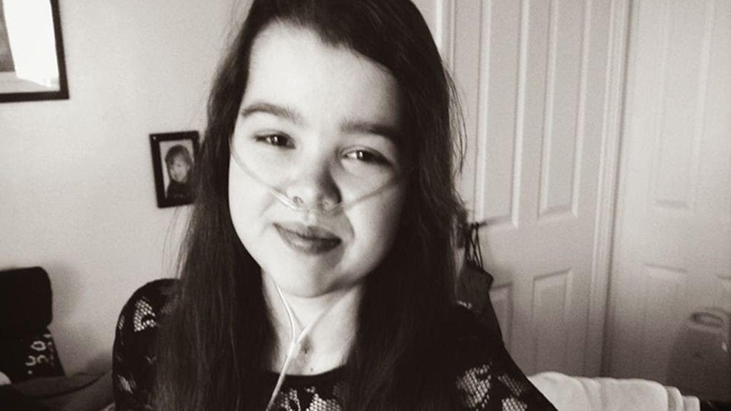 Una niña de 15 años con fibrosis quística completa su último sueño después de morir al donar sus ojos