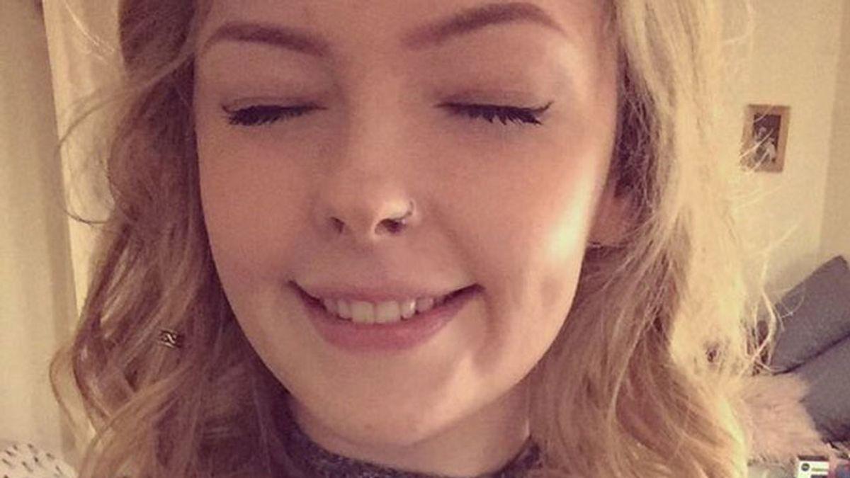 Una joven, de 22 años de edad, permanece seis meses dormida