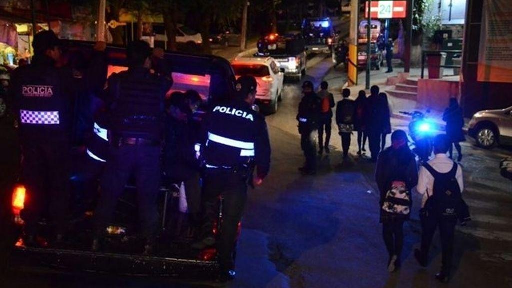 Las autoridades mexicanas realizan un megaoperativo de seguridad en el barrio donde fue secuestrada Villar