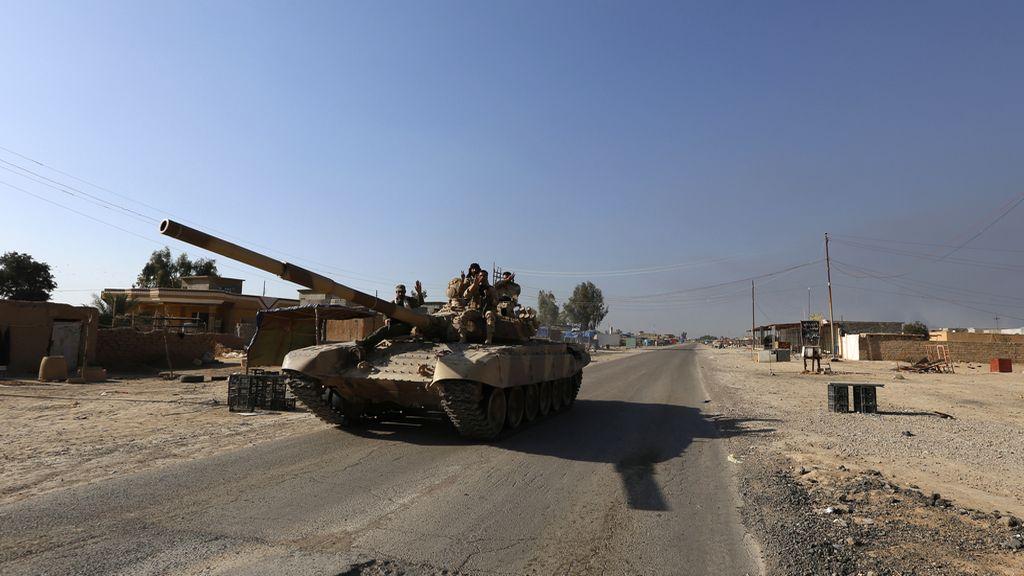 """Las fuerzas gubernamentales entran en el centro de Tikrit y anuncian la """"liberación"""" de la ciudad"""