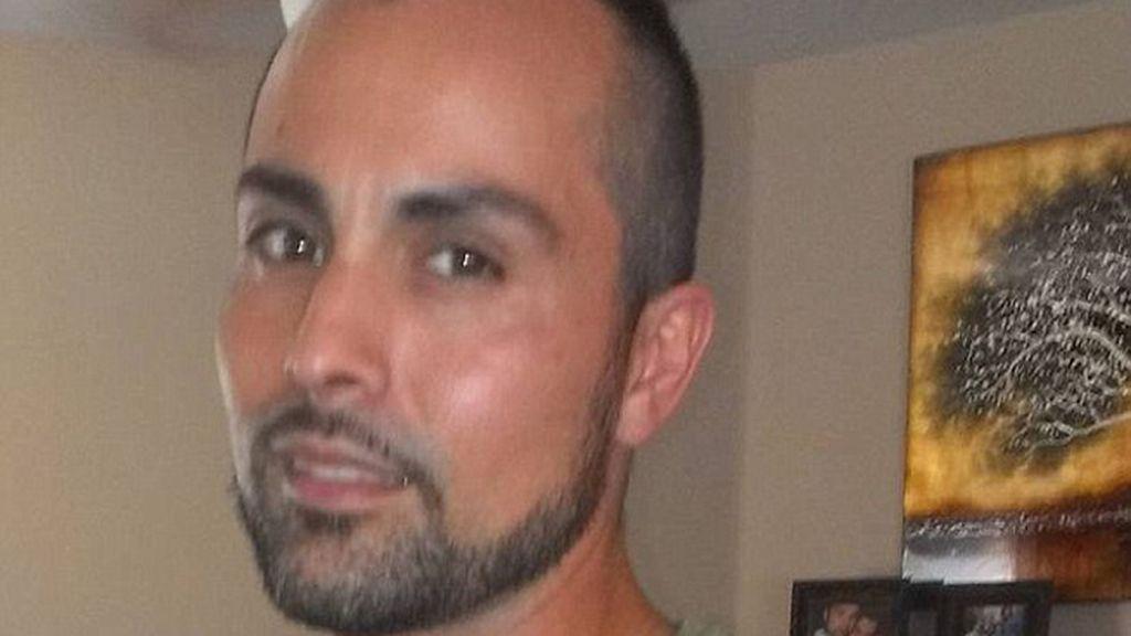 Expulsado de un avión porque su barba y sus rasgos árabes asustaban a otro pasajero
