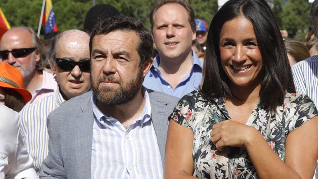 El diputado de Ciudadanos Miguel Ángel Gutierrez,iz.,y la portavoz de Ciudadanos en el Ayto de Madrid, Begoña Villacís