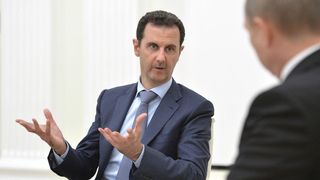 Al Assad durante un encuentro con Putin