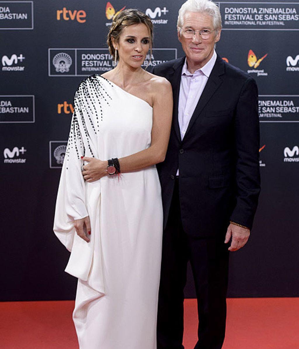 Richard Gere y Alejandra Silva deslumbraron en la alfombra roja