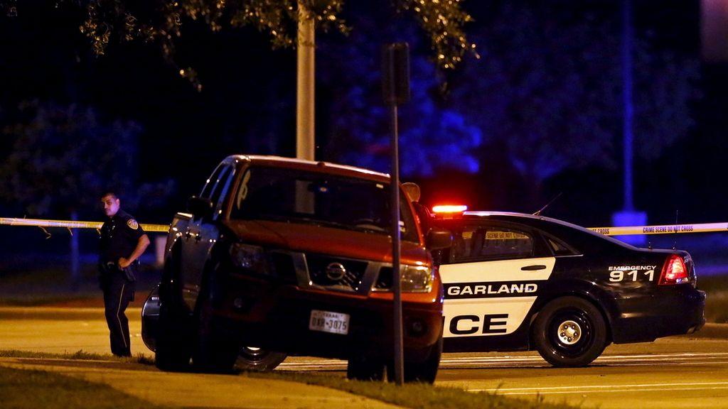Mueren dos hombres armados en un tiroteo en Dallas