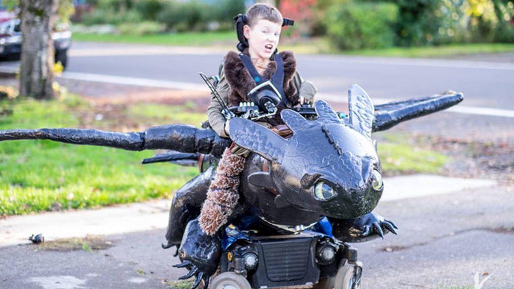 Keaton, con su dragón desdentado