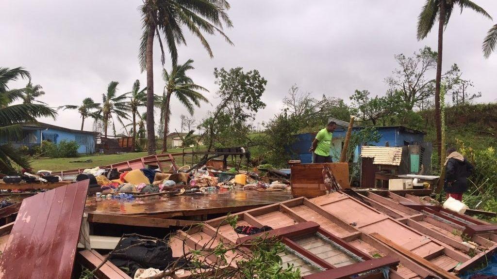 El cliclón Winston a su paso por las Fiji