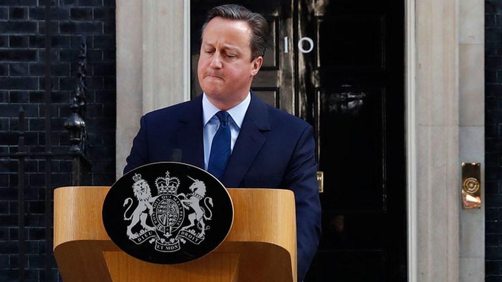 Cameron anuncia su dimisión