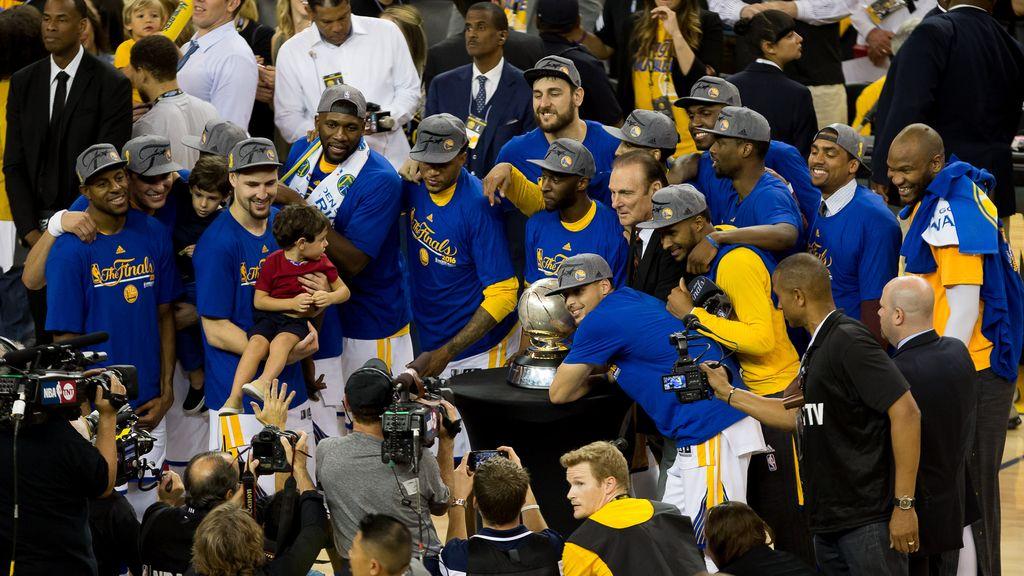 Los Warriors ganan en la Conferencia Oeste