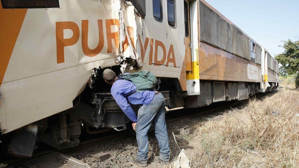 Más de cien personas resultan heridas al chocar frontalmente dos trenes en Costa Rica