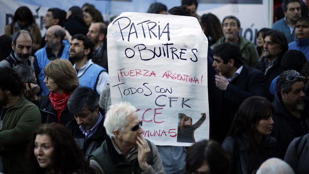 Concentración de apoyo al Gobierno argentino