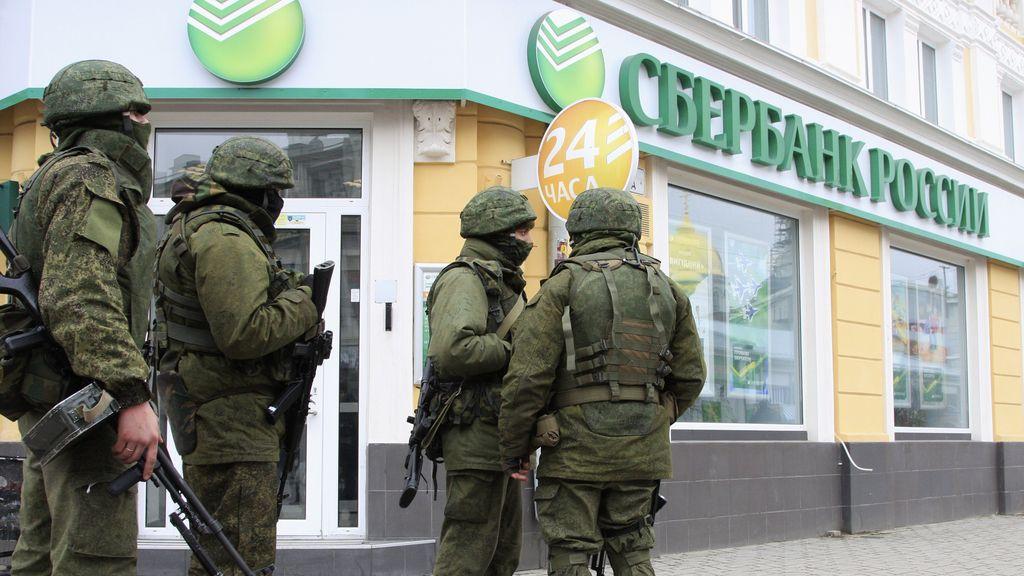 El Kremlin denuncia que Kiev ordenó un asalto contra el Ministerio del Interior crimeo