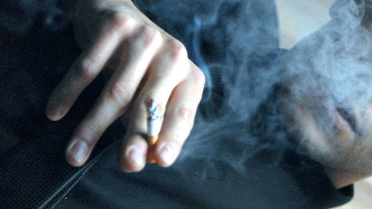 Fumar, fumador, humo, cigarro, cigarrillo, tabaco