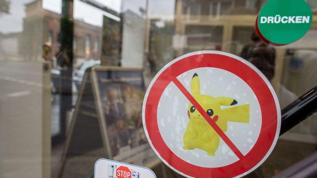 Volksbank prohíbe jugar a Pokémon GO en 23 sucursales