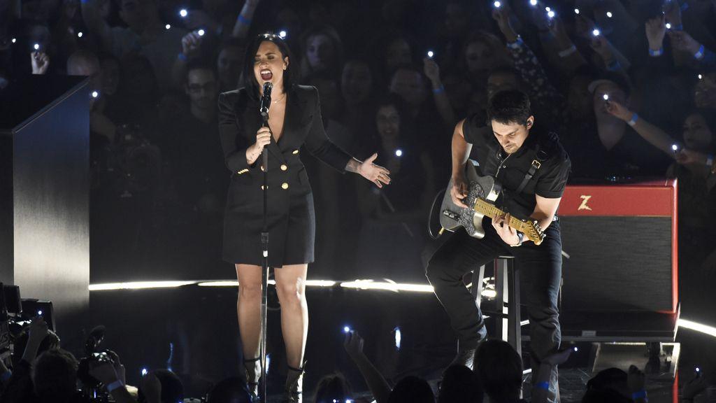 Enrique Iglesias y Nicky Jam compartieron la Mejor Canción Latina por El Perdón