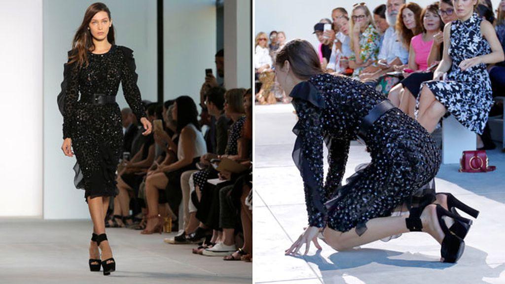 Bella Hadid se cae de sus plataformas en pleno desfile de Michael Kors