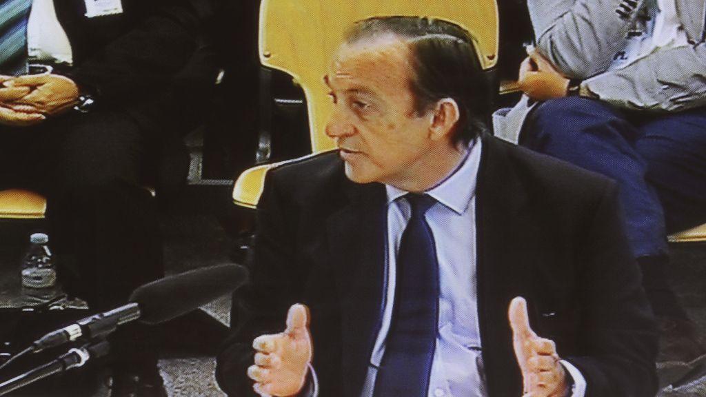 Estanislao Rodríguez-Ponga declara en el juicio de las tarjetas black