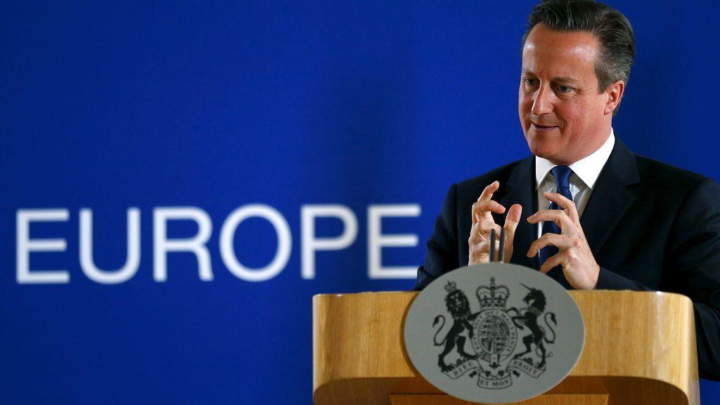 """Cameron confirma """"numerosos"""" muertos británicos en el atentado de Túnez"""