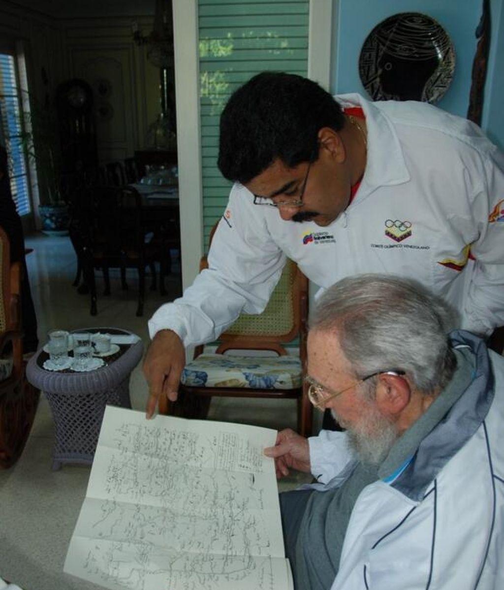 Fidel Castro conmemora con Maduro el 19 aniversario de su primer encuentro con Hugo Chávez