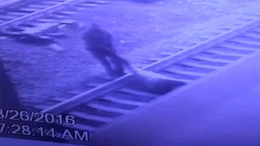 accidente vías tren,Víctor Ortiz Nueva Jersey,suicida tren Nueva Jersey