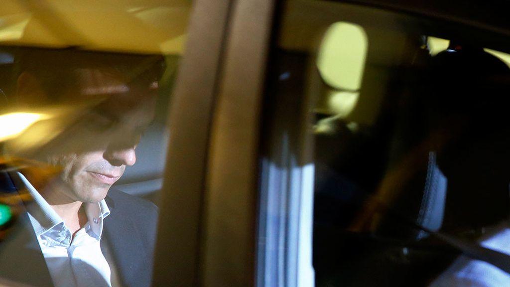 Pedro Sánchez sale de la sede del PSOE