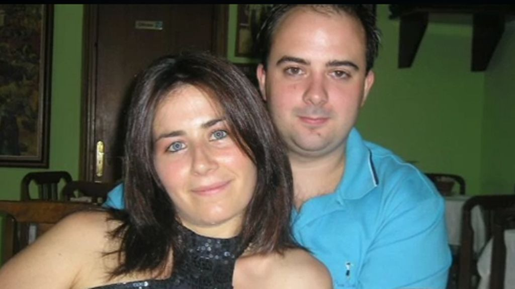 Mata a su mujer delante de sus hijas de 3 y 2 años con un cuchillo
