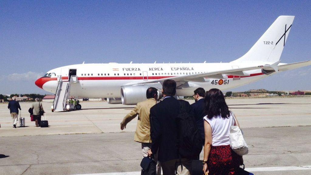 El avión en el que viajaba el ministro del Interior se avería