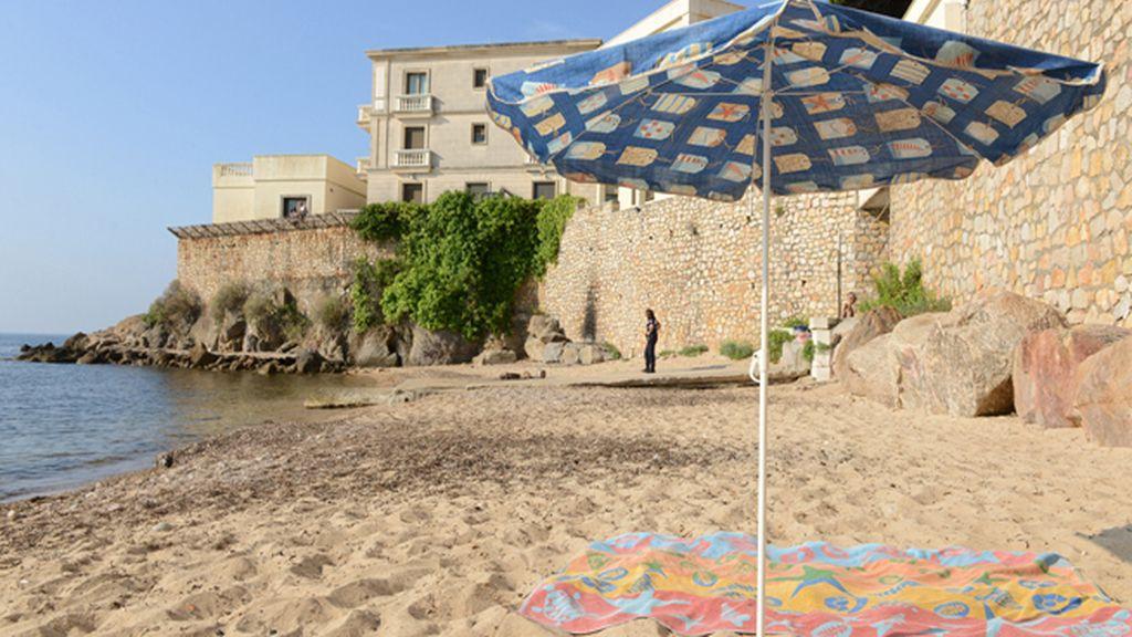 Playa La Mirandole, en Vallaruis, Costa Azul, Francia