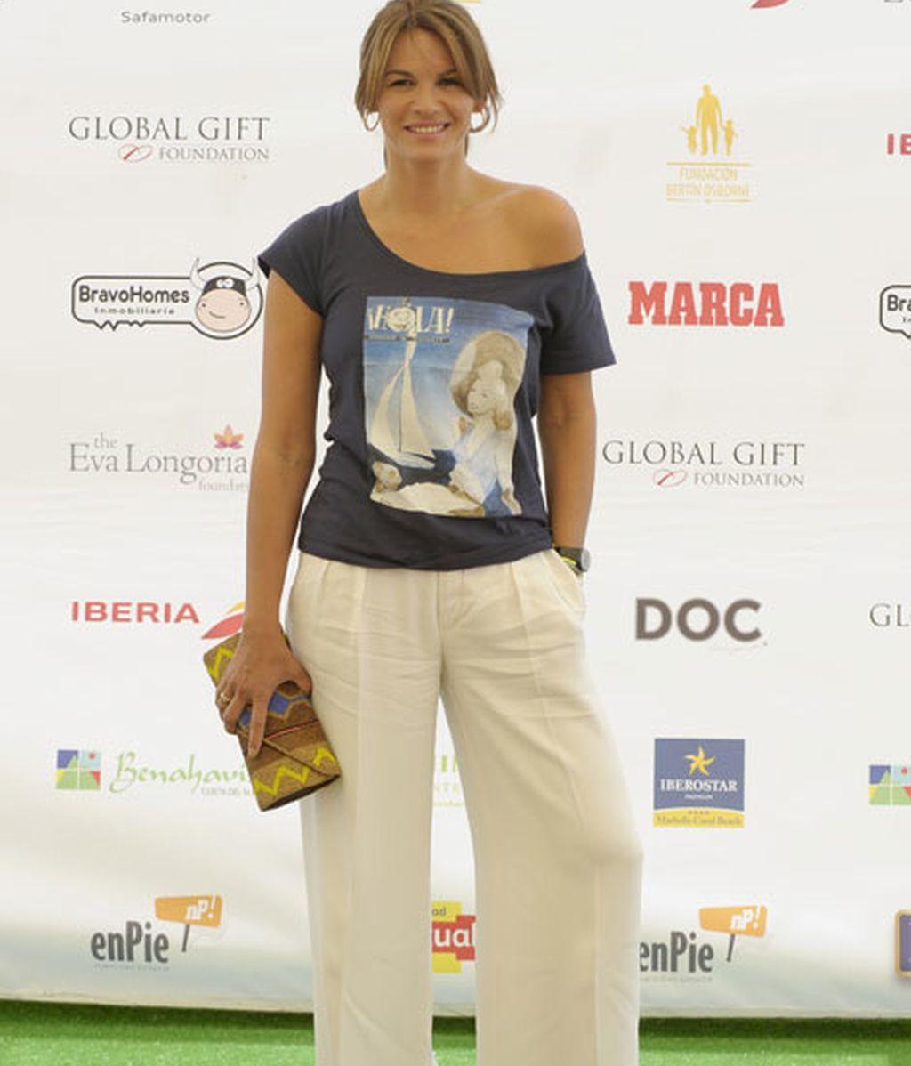 Fabiola Martínez, también quiso apoyar en la causa