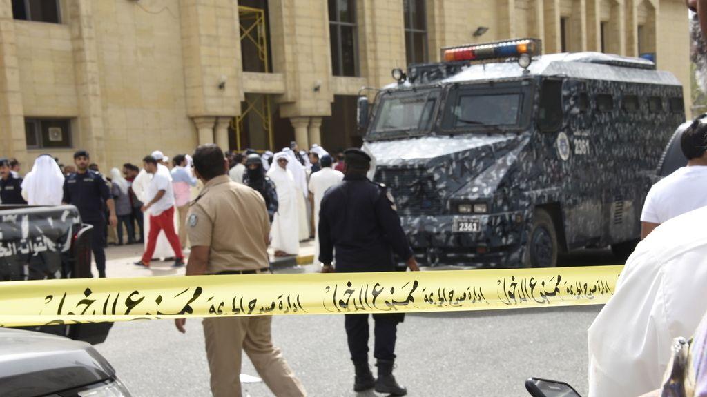 Arrestados 18 sospechosos tras el atentado contra la mezquita de Al Sadiq