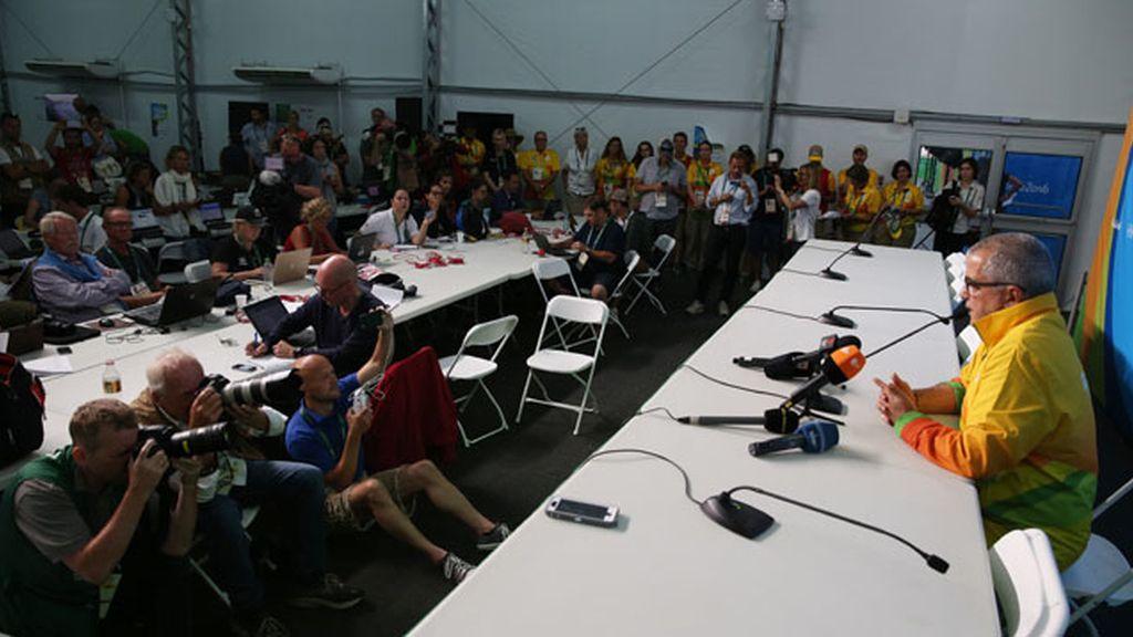 Mario Andrada en rueda de prensa