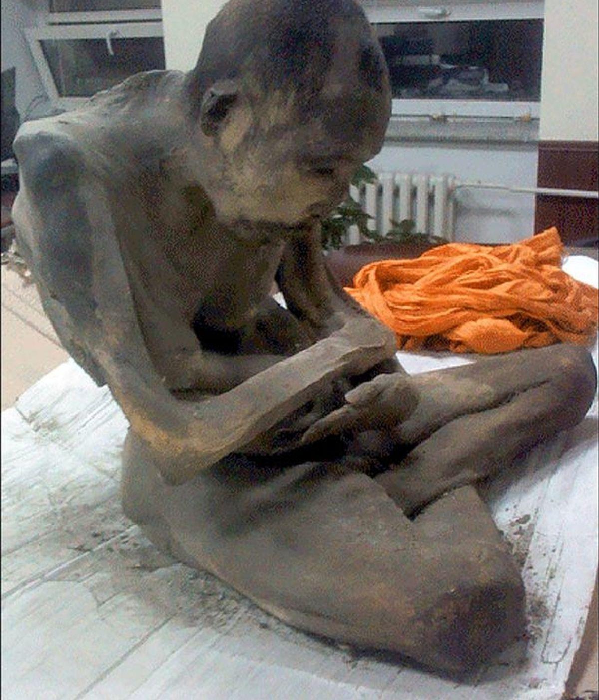 Monje momificado