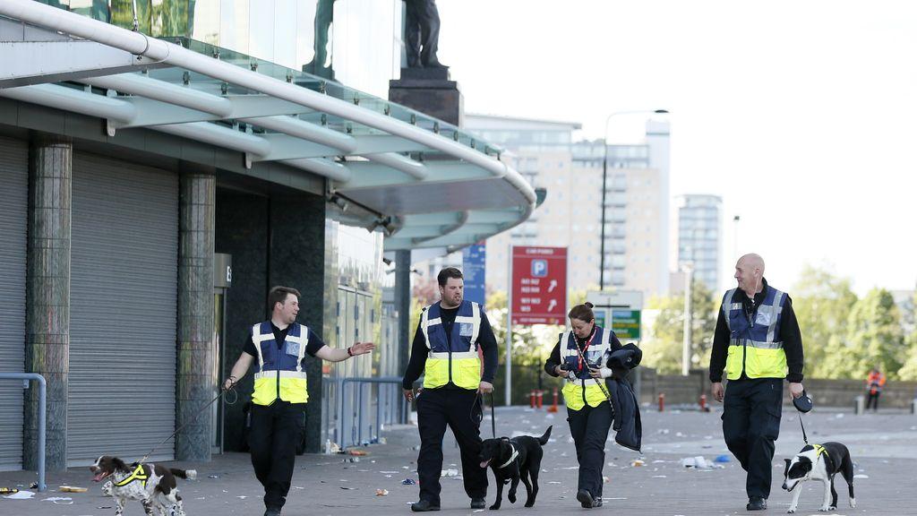 La Policía de Manchester ordena una investigación sobre la 'bomba falsa' de Old Trafford