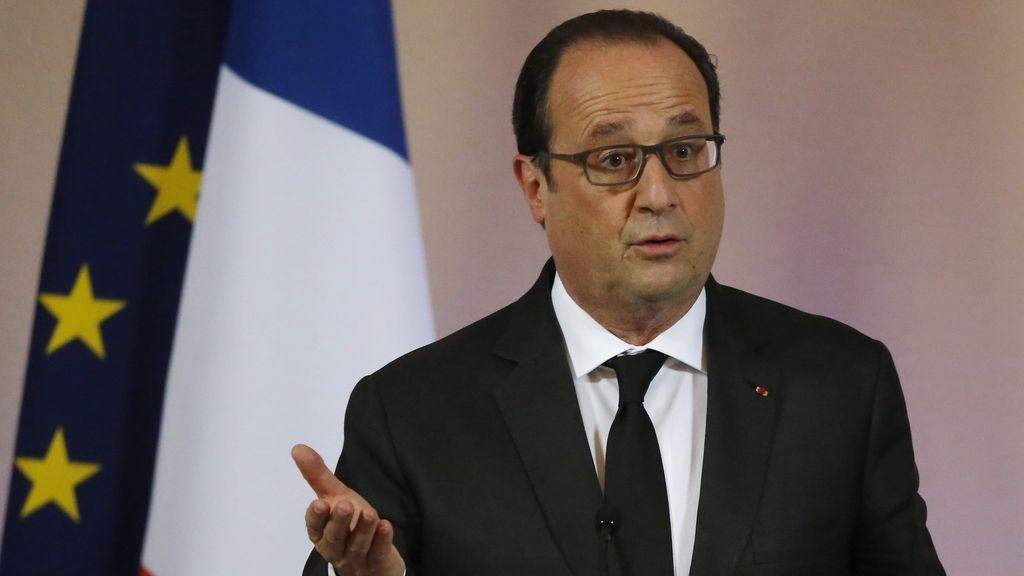 Hollande durante una rueda de prensa