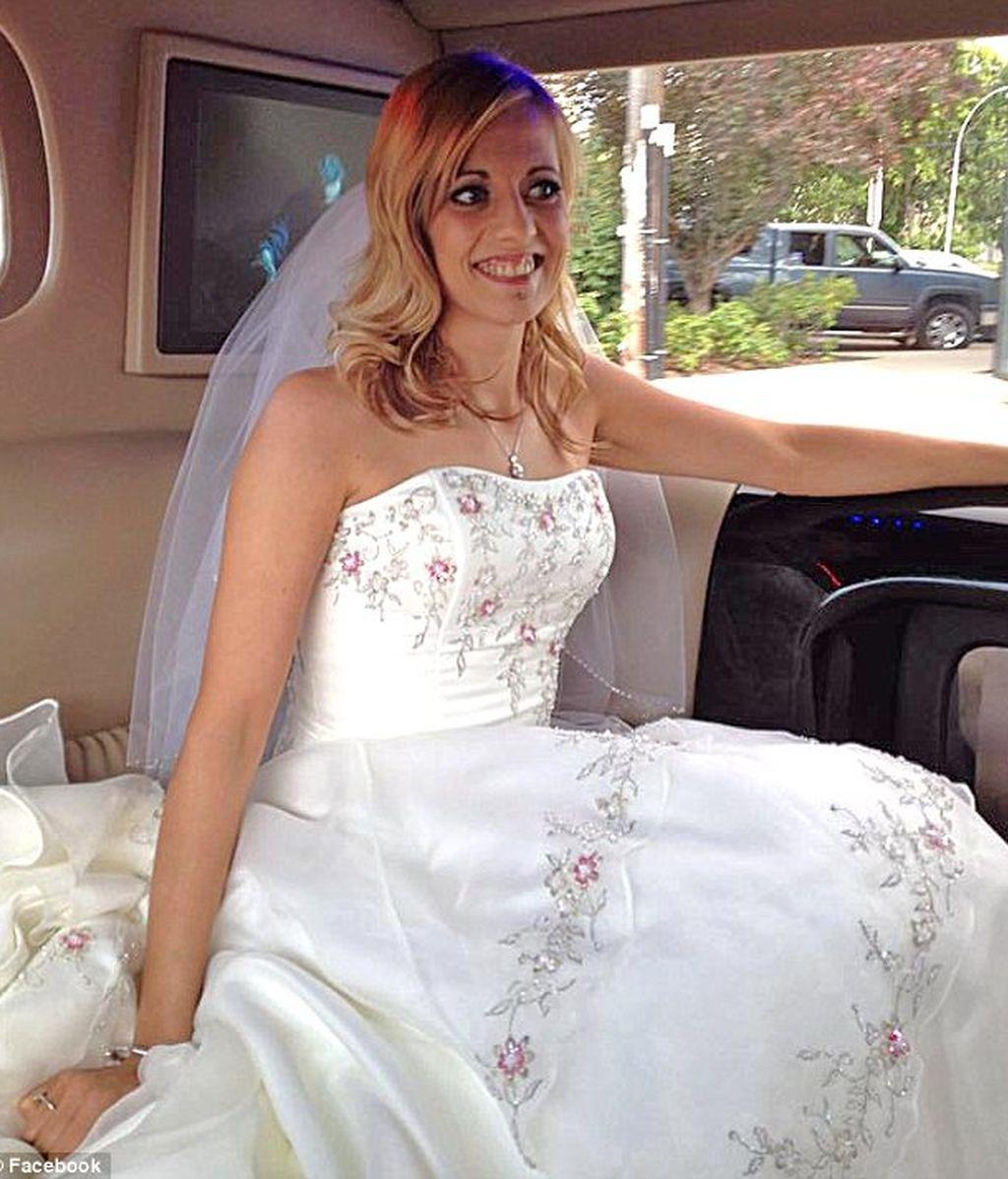 enferma de cáncer,crowdsourcing,Megan Wolfe,boda,celebra su boda,