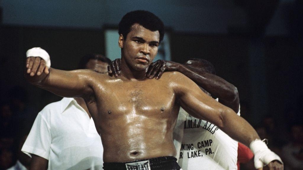 Fallece el boxeador Mohammed Alí a los 74 años (4 de Junio)