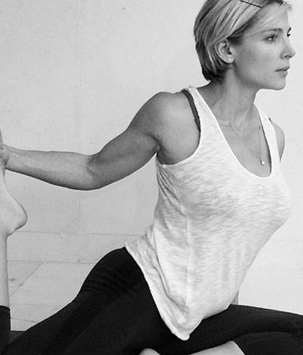 Elsa Pataky recupera la figura gracias al Bikram Yoga
