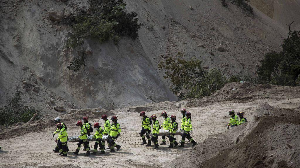 Los muertos en el corrimiento de tierras de Guatemala superan los 130