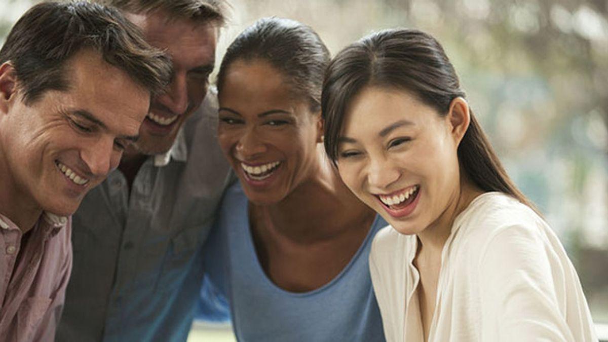 Sonrisas entre amigos