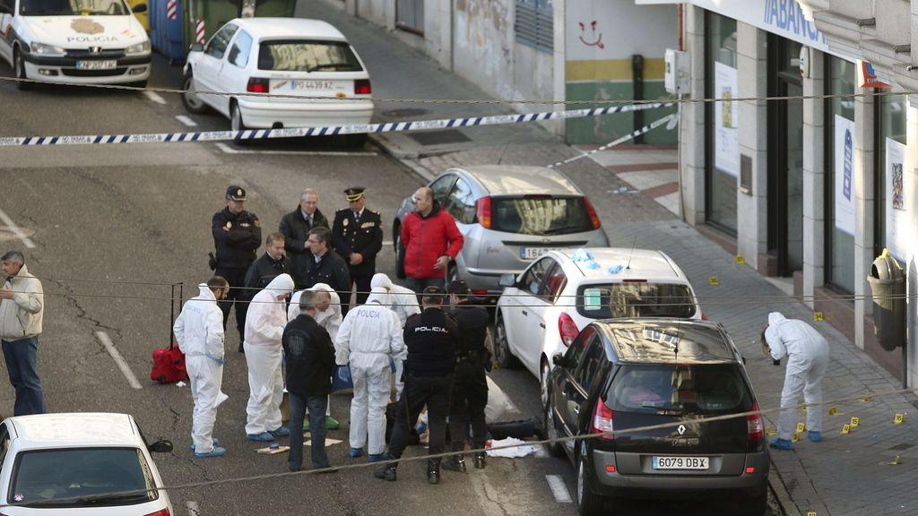 Féretro de la agente fallecida en el atraco a un banco en Vigo