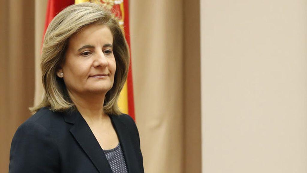 Báñez buscará un pacto de Estado para acabar la jornada laboral a las seis de la tarde