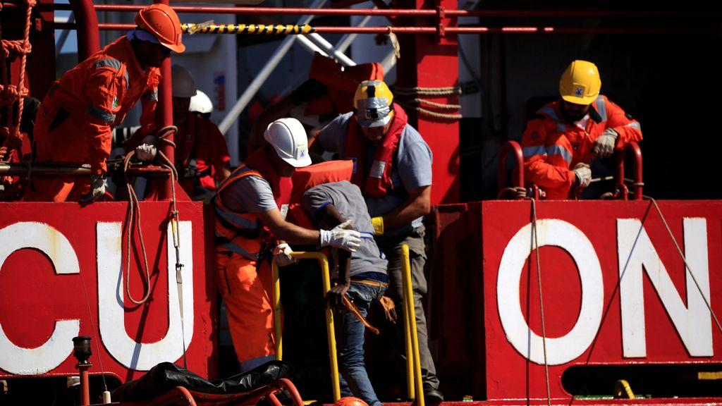 Save the Children rescata a 200 personas en el Mediterráneo, entre ellas 40 niños